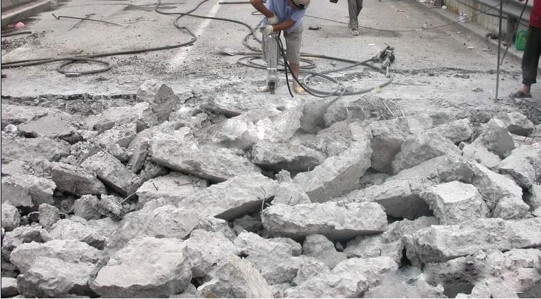 混凝土废料块