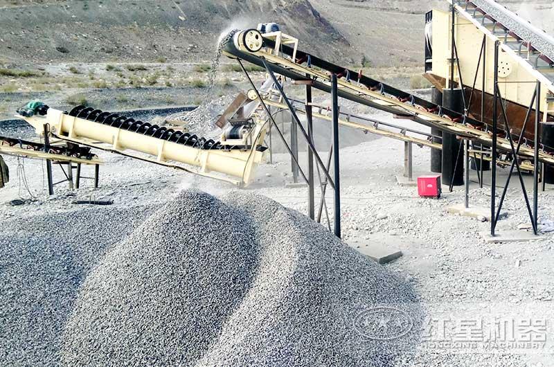螺旋洗砂机洗砂生产现场
